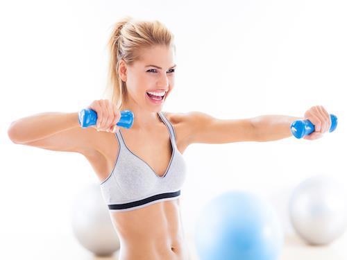 Więcej energii podczas treningu! Suplementacja przedtreningowa dla kobiet.