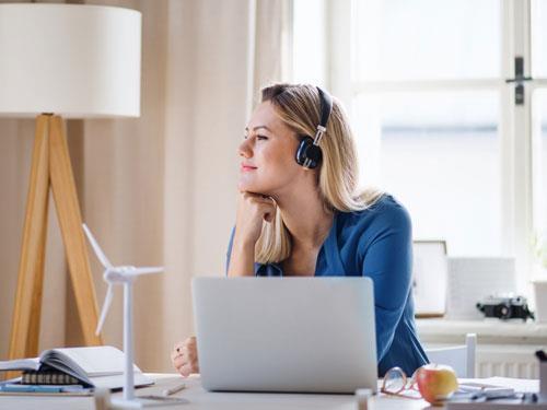 Jak sprawić, żeby praca zdalna była przyjemna i produktywna?