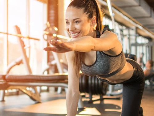 Czym są ćwiczenia równoważne i dlaczego warto wprowadzić je do swojego treningu?